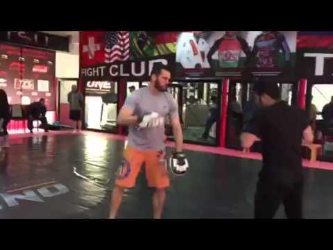 Муин (Tajik) Гафуров и Чемпион UFC Рич Франклин