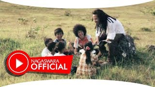 Video Ipang - Serdadu Kumbang (Official Music Video NAGASWARA) #music download MP3, 3GP, MP4, WEBM, AVI, FLV Oktober 2018