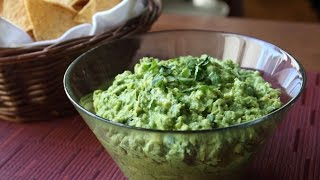 Classic Guacamole Recipe - How to Make Guacamole Like a Guacamaster
