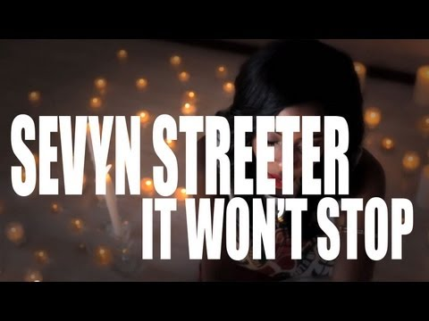 "Sevyn Streeter ""It Won't Stop"" Acoustic Performance"