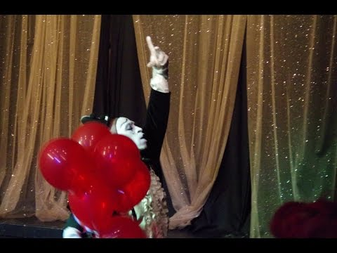 THE OPERATIC MIME