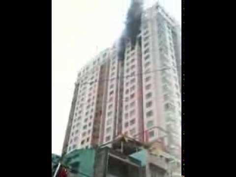 Cháy lớn ở chung cư Phúc Thịnh Q5