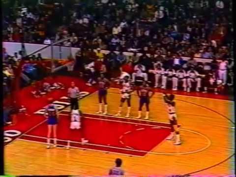 Orlando Woolridge (31pts) vs Detroit Pistons (1985)