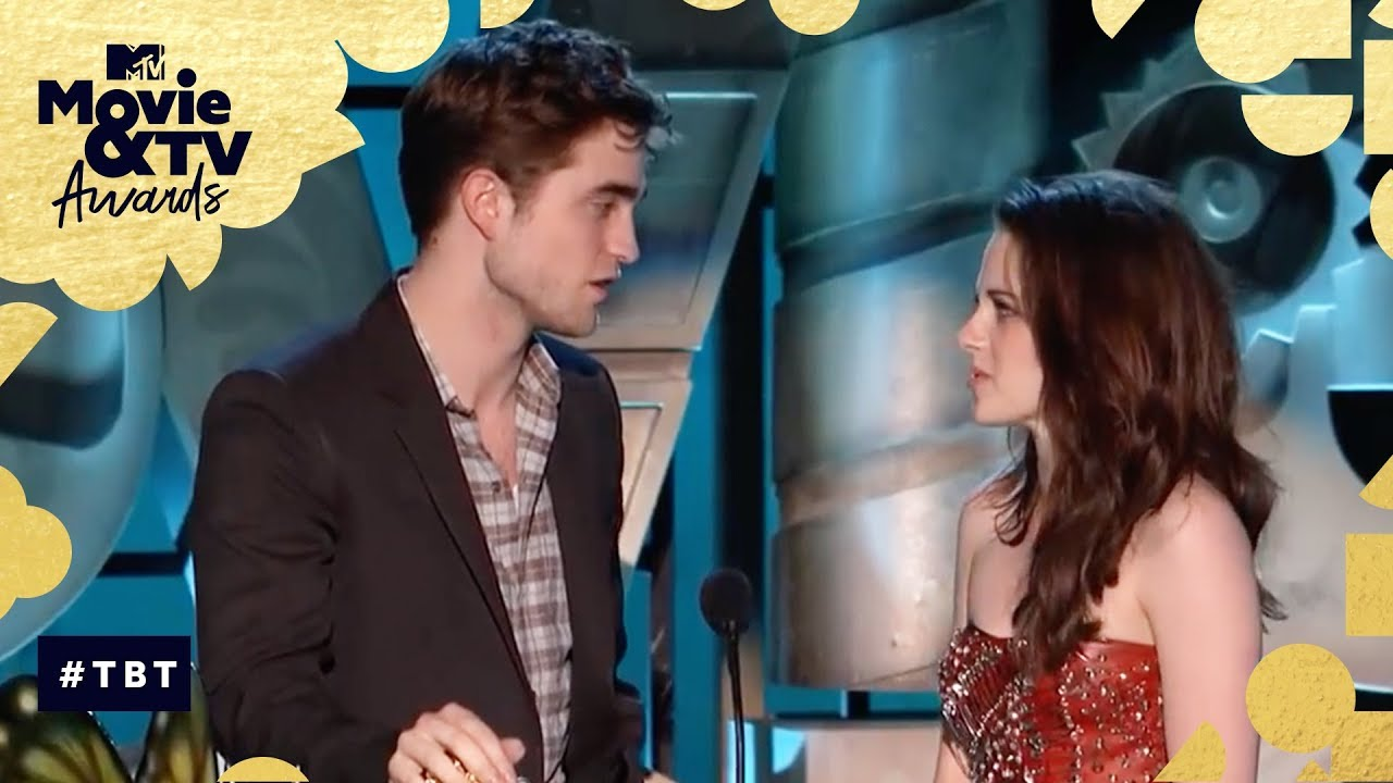 Robert Pattinson & Kristen Stewart Share the 'Best Kiss' Award | MTV Movie & TV Aw