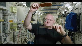 Incredible - Liquid Ping Pong in Space