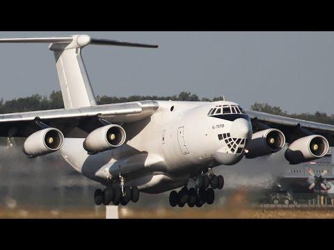 Boeing C-17 vs. Ilyushin IL-76
