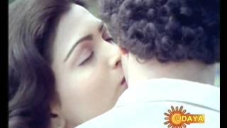 Ravichandran kissed kushboo...AGAIN!