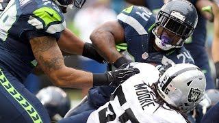 Marshwan Lynch BULLDOZES the Raiders defense into the end zone (Week 9, 2014)