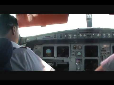 """Cockpit view of a landing at JFK airport Captain Marwan""""Captain (United States)"""""""