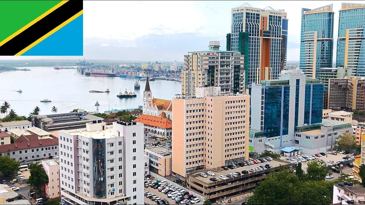 Tanzania Dar es Salaam city - street scenery, daily life ...