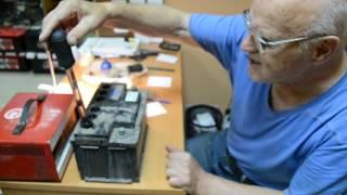 Как определить неисправность аккумулятора (короткое замыкание в банке)(Мастер сервисного центра г.Нижний Новгород, ул.Удмуртская д.37В рассказывает как можно определить короткое..., 2016-07-26T17:19:51.000Z)