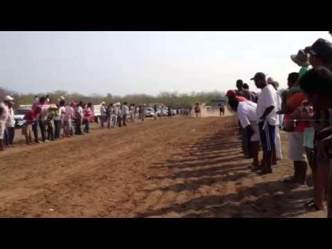 San Marcos 2013 carreras de caballos - YouTube