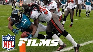Maurice Jones-Drew Mic'd Up in Dominating 4 TD Game vs. Buccaneers (2011) | NFL