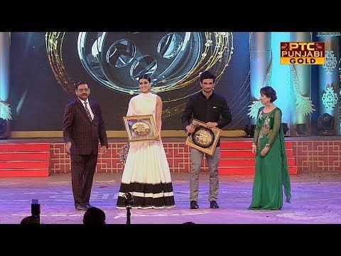 Sushant Singh Rajput   Kriti Sanon   Raabta   PTC Punjabi Film Awards 2017