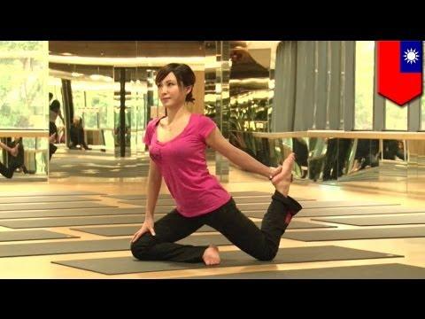 Taiwanese news anchor Scarlett Chang, nagyo-yoga para manatiling sexy!
