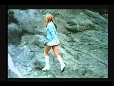 Susan George 1970 Lola aka twinky ending (theme)