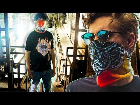 GAS MASK Bandanna Graffiti T-Shirt Lookbook