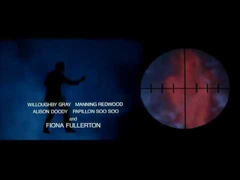 James Bond - Dangereusement vôtre (musique intro)