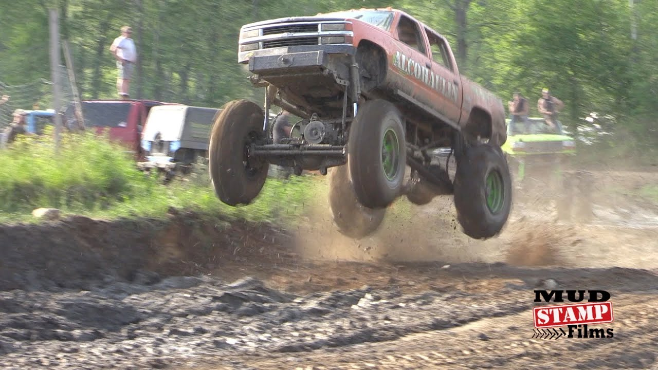 HILL N HOLE- YANKEE LAKE TRUCK NIGHT 2016