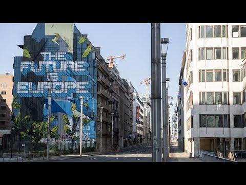 Пандемия вынуждает Евросоюз