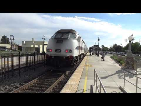 Southbound Metrolink Train To Oceanside - Orange Metrolink Station - November 8, 2017