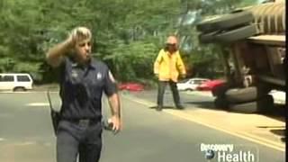 Rescue 911: Daddy & Daughter vs. Maui Sand Truck