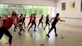 Coreografia do Flash Mob Boogie Oogie - Rede Bancos de Alimentos