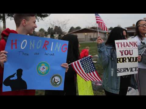 Chief Moses Middle School Veterans Day Honk and Wave
