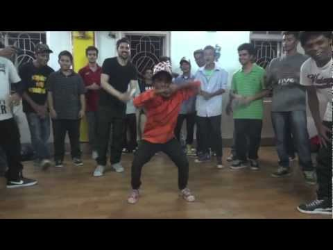 Talented Kid Popping And Krumping At My Workshop | Dance Nomad Project | Kolkata, India