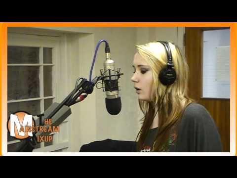 Chelsie Smallman - Live Performance! (Newport City Radio)