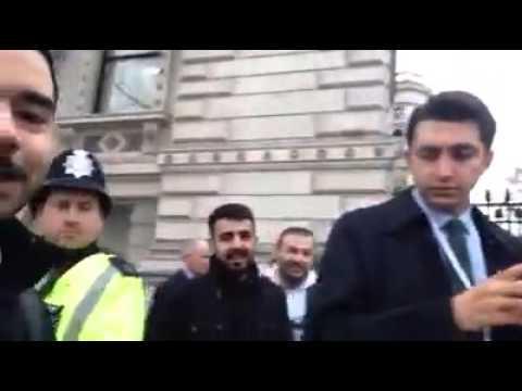 İngiltere'de Ahmet Davut'oğlu nun Özel Korumasi Fena Halde Tiye Aldılar