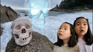 해골의 저주! 저주받은 해골! 해골유령이 나타났다~ 해골귀신 유령해골 엘리베이터유령 Cursed skull is coming! ghost skeleton on the beach