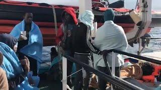 Les 310 migrants refusés par l'Italie font route vers l'Espagne