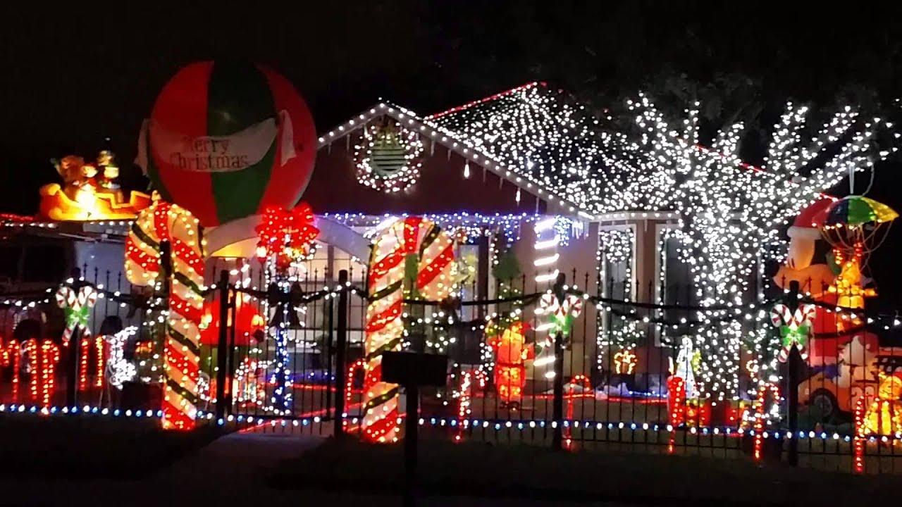 Casas adornadas de navidad fachadas decoradas de navidad - Casas decoradas en navidad ...