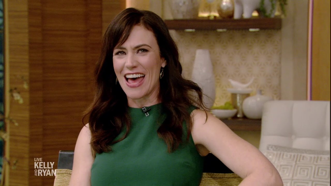 """Maggie Siff Originally Meant to Audition for Peggy on """"Mad Men"""""""