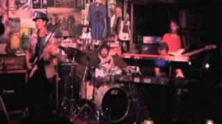"""Gambar cover Rafael Moreira plays """"Basically Lost"""" Live with Joel Taylor on Drums and Matt Rohde on Keys.m4v"""