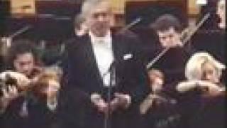 Andrzej Hiolski sings Shakespeare