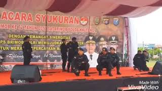 Download Video Video lucu dance ala brimob keren plus ngakak MP3 3GP MP4