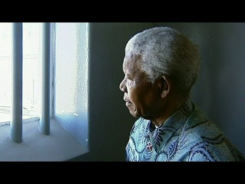 MANDELA 'BACK' IN HIS ROBBEN ISLAND CELL - BBC NEWS