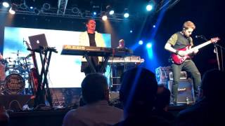 Broken Sky / Long Day (Reprise) Live : The Neal Morse Band
