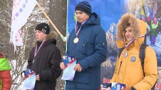 Спортивные новости по волейболу, зимнему футболу, лыжным гонкам.