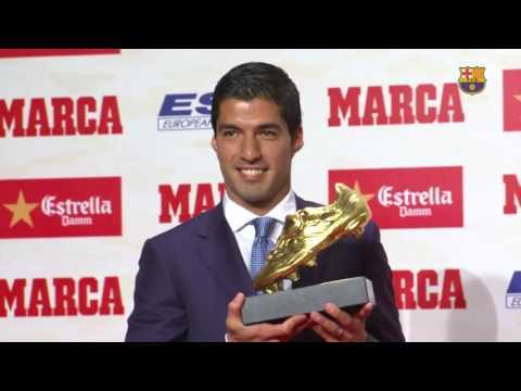 Luis Suárez recibe la Bota de Oro 2015/16