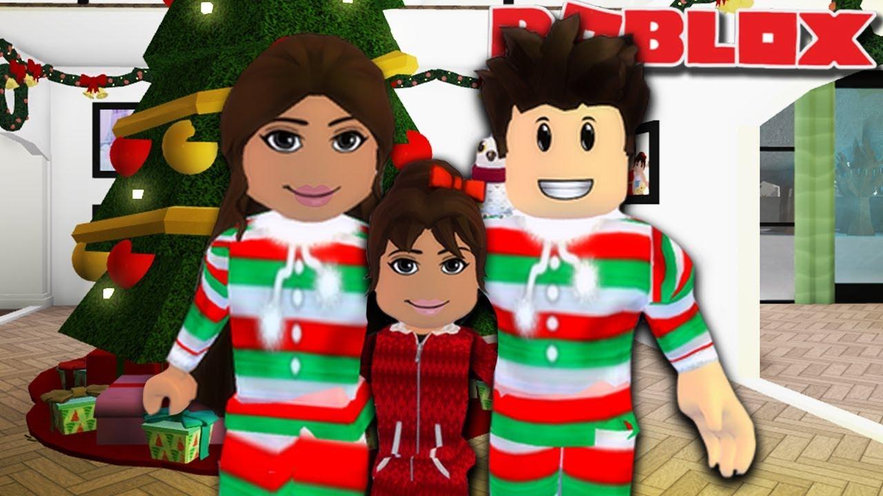 CHRISTMAS EVE FAMILY ROUTINE | Roblox Bloxburg Family