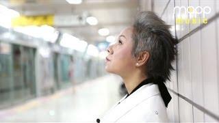 Repeat youtube video [Live] 인순이 지하철 게릴라 콘서트 - 아버지 (Father)