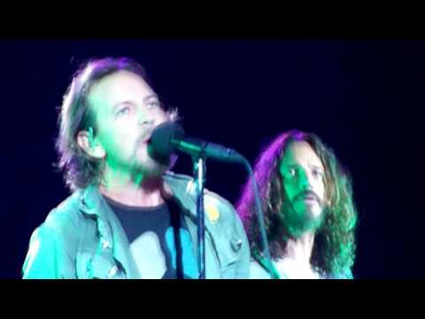 Temple of the Dog - Hunger Strike - Alpine Valley (September 4, 2011)