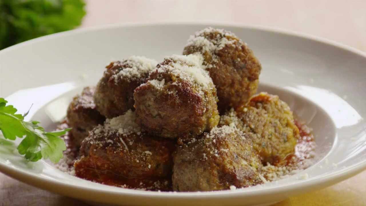 How to Make the Best Meatballs | Meatball Recipe ...
