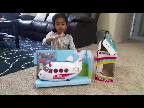 Hello Kitty Airplane Playset exploration by Nikshita - Houston, 12-Nov-2017