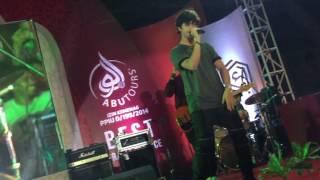 Video Assalamu 'alaikum by Harris J live in concert (Makassar 4th Dec 2016) download MP3, 3GP, MP4, WEBM, AVI, FLV Maret 2018
