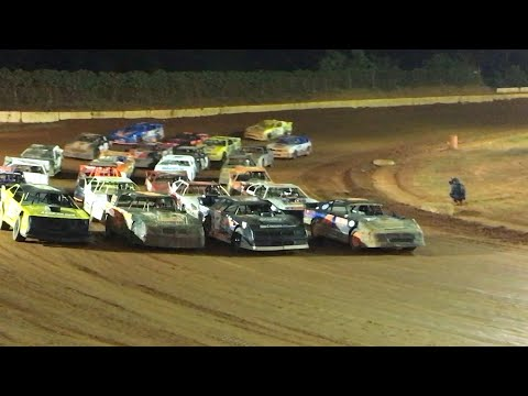 Street stock Battle ROYALE at Carolina Speedway. 10K to win. 25K total purse. Gerraldfarms. Awesome side by side racing. - dirt track racing video image