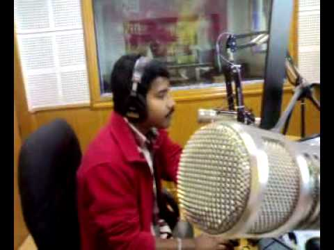 93.5 SFM Rasikan Rajesh - Kilukil Pamparam - Cochin RJs